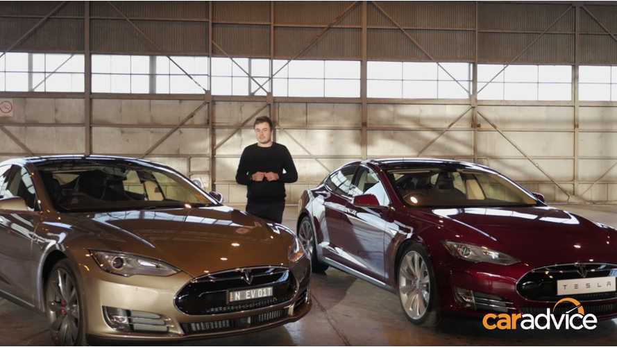 Tesla Model S P85D vs Model S P85+ Drag Race - Video
