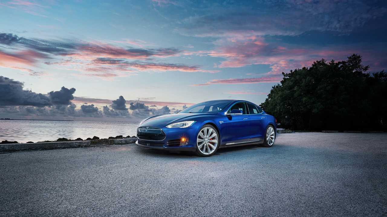 Wallpaper Wednesday: Tesla Model S