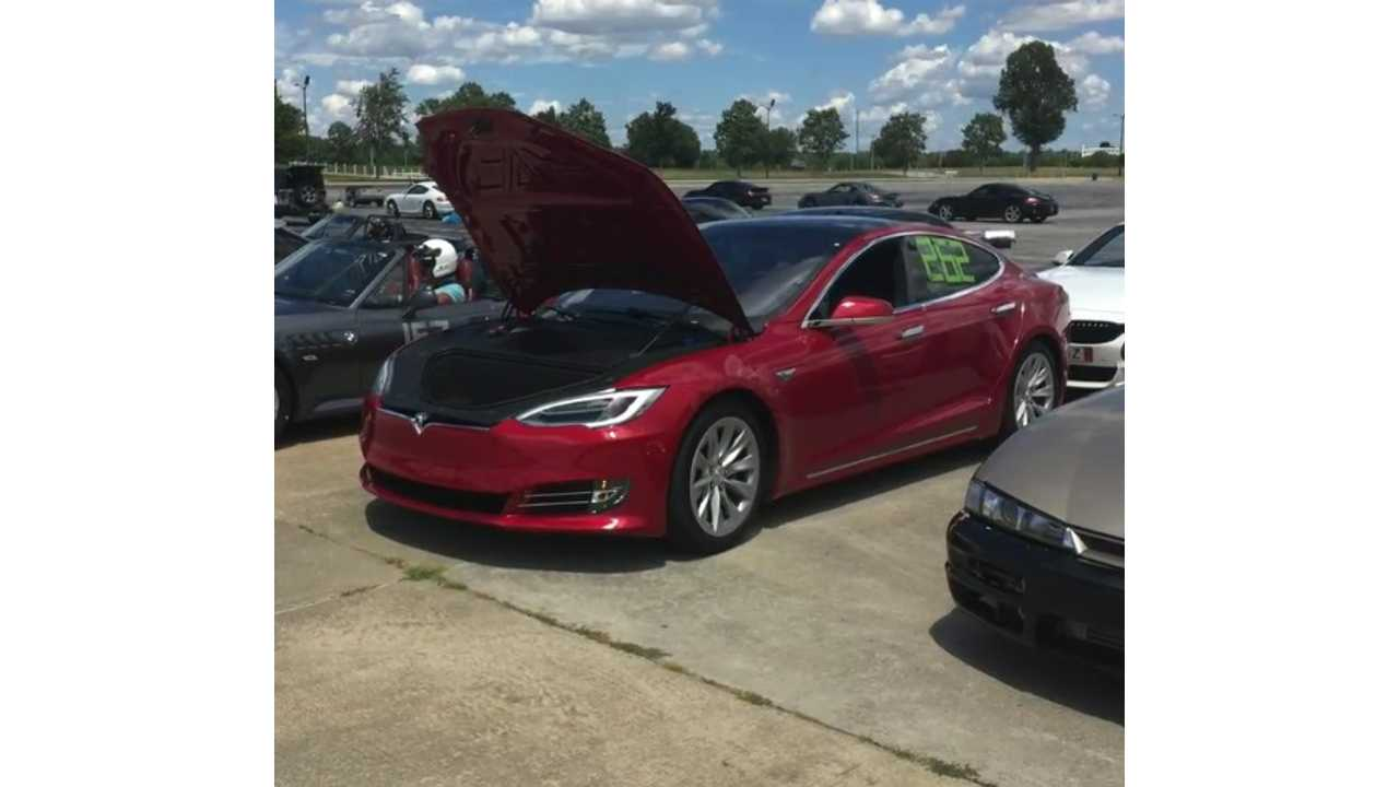 Tesla Model S P90DL AutoX Performance - Video