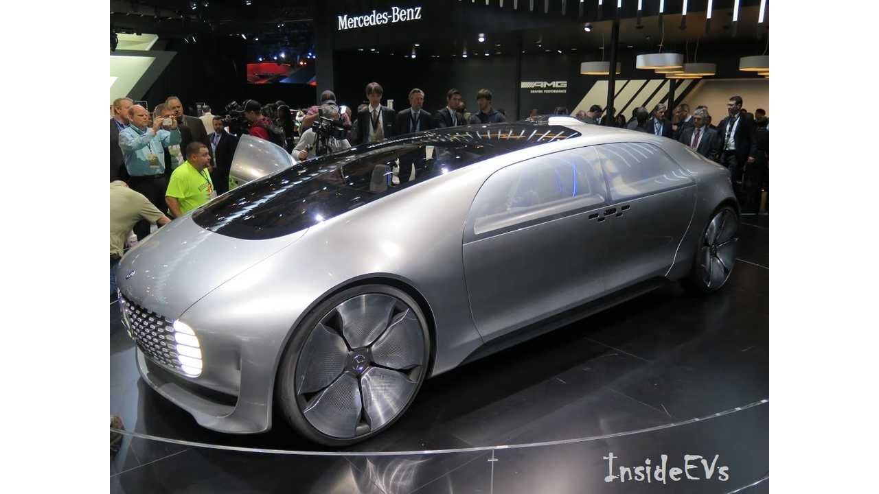 Mercedes F 015 - About As Concept-y As You Can Get