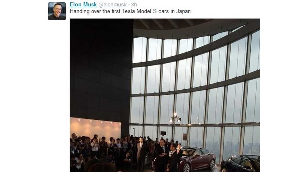 Tesla CEO Elon Musk Hands Over Keys To First 9 Model S Buyers In Japan