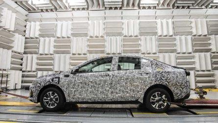 Opinião: Onix Sedan e a dificuldade de matar um carro no Brasil