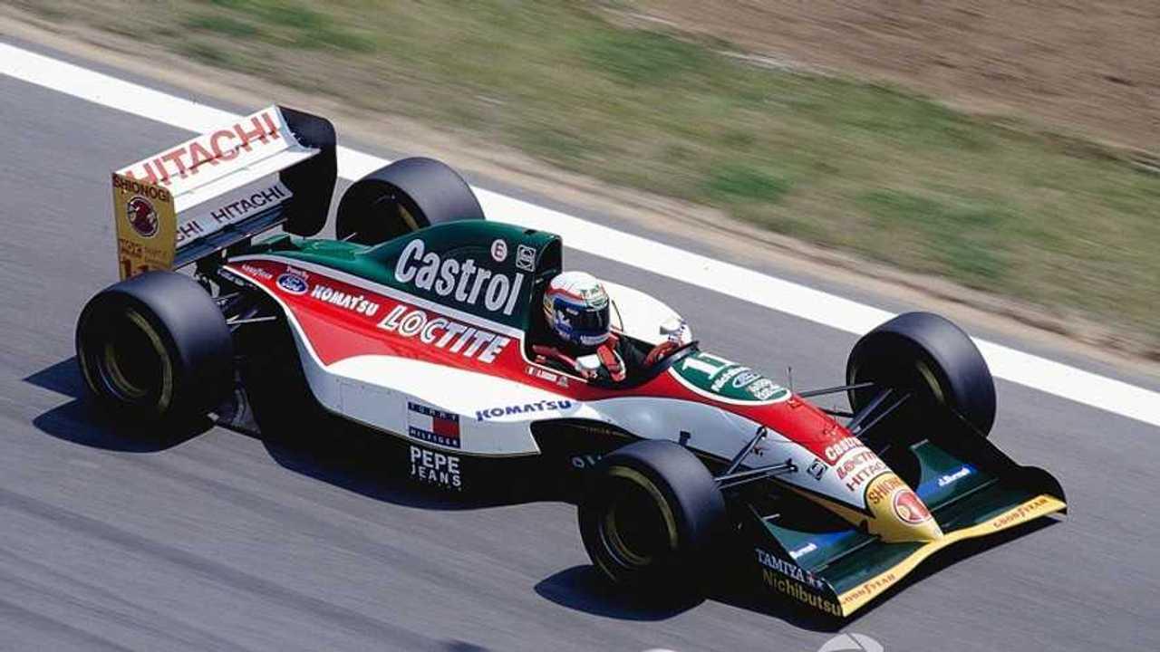 f1-spanish-gp-1993-alessandro-zanardi-lotus-107b-ford.jpg