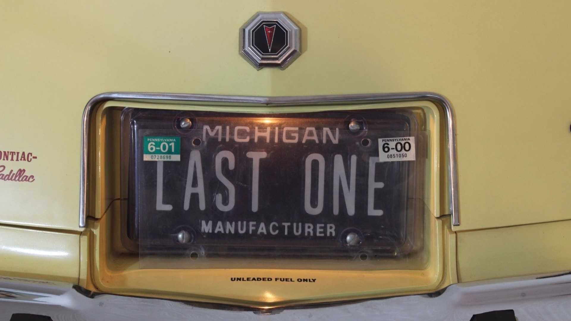 One-Off 1977 Pontiac Grand Prix Has Only 176 miles From New