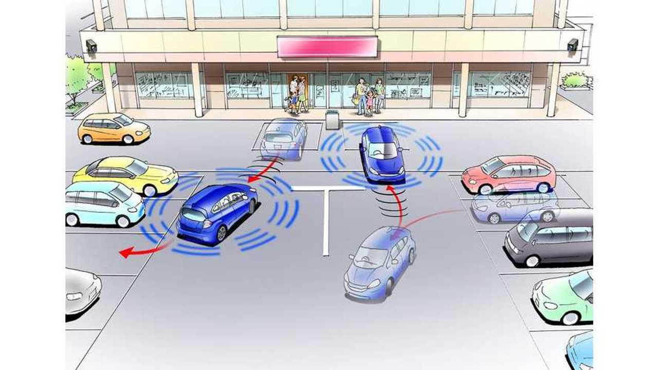 Video: Honda Fit EV Automatic Valet Parking