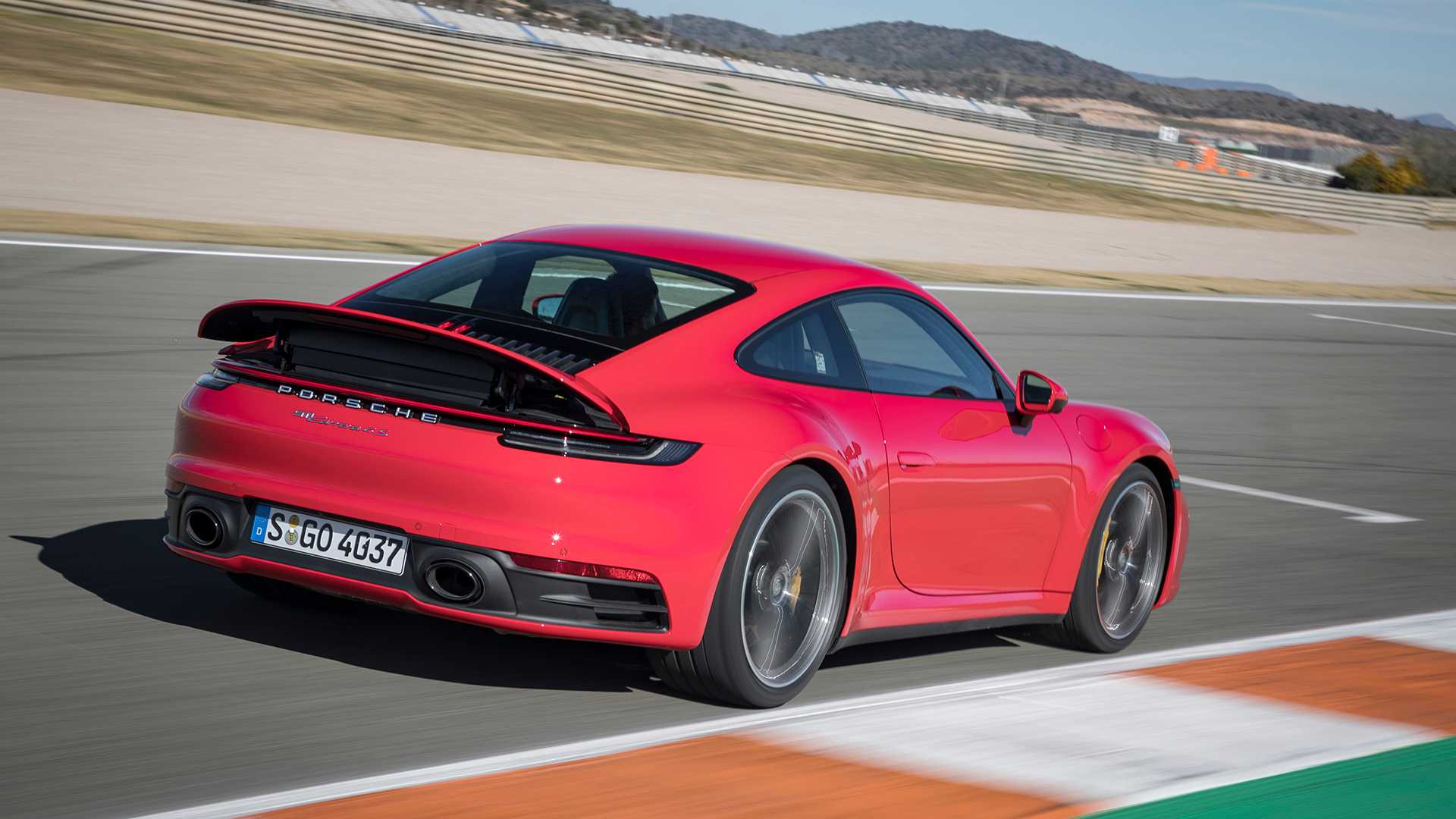 2020 Porsche 911 Carrera 4s First Drive The Power Of Evolution