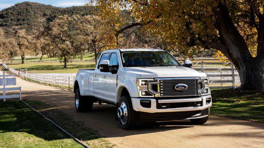 Minden téren szintet lépett az új Ford F-Series Super Duty pickup