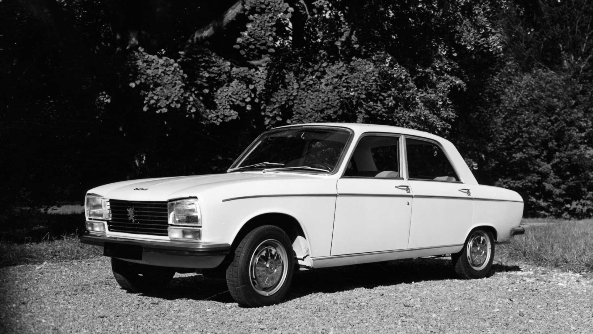 """[""""Peugeot 304""""]"""