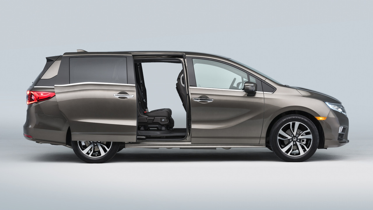 07845feb36 2018 Honda Odyssey is a tech-friendly family hauler