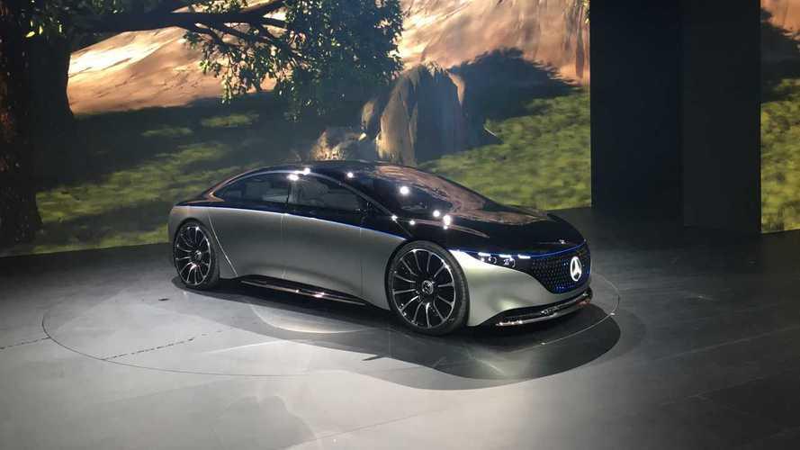 32 модели за 3 года: Daimler поделился планами на будущее