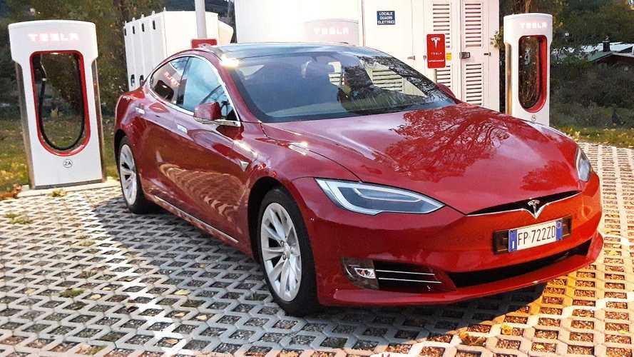 Tesla Supercharger, la potenza delle colonnine sale a 150 kW