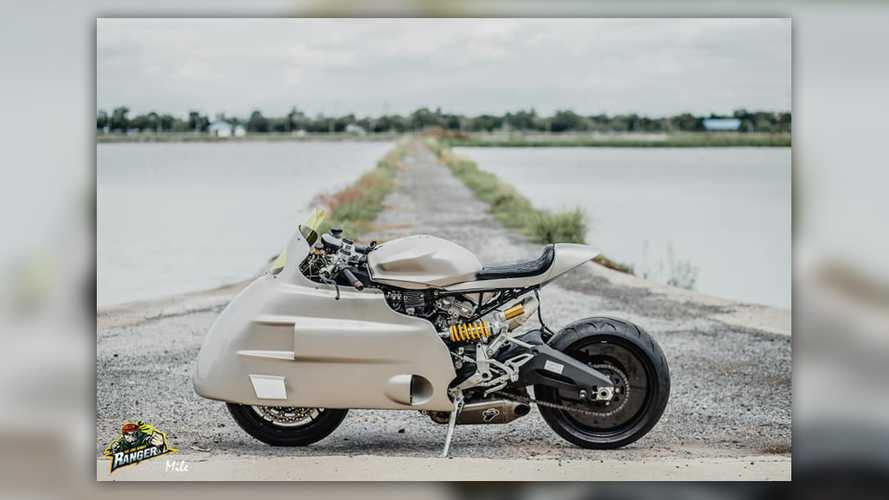 Ranger Korat Built The 50s-Style Sci-Fi Ducati Of Our Dreams