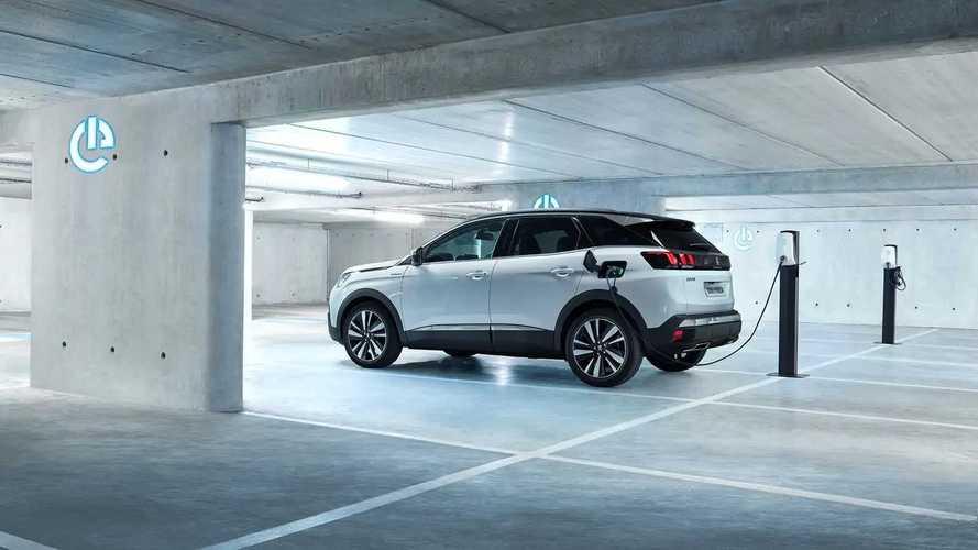 Peugeot diffonde i prezzi di 3008 e 5008 Plug-in Hybrid