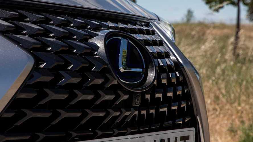 ¿Para qué se empleará el término LBX en Lexus?