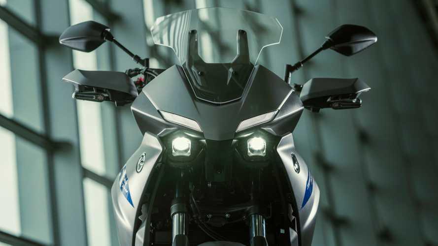 Yamaha prepara una Tracer 700 GT per polizia e pronto soccorso