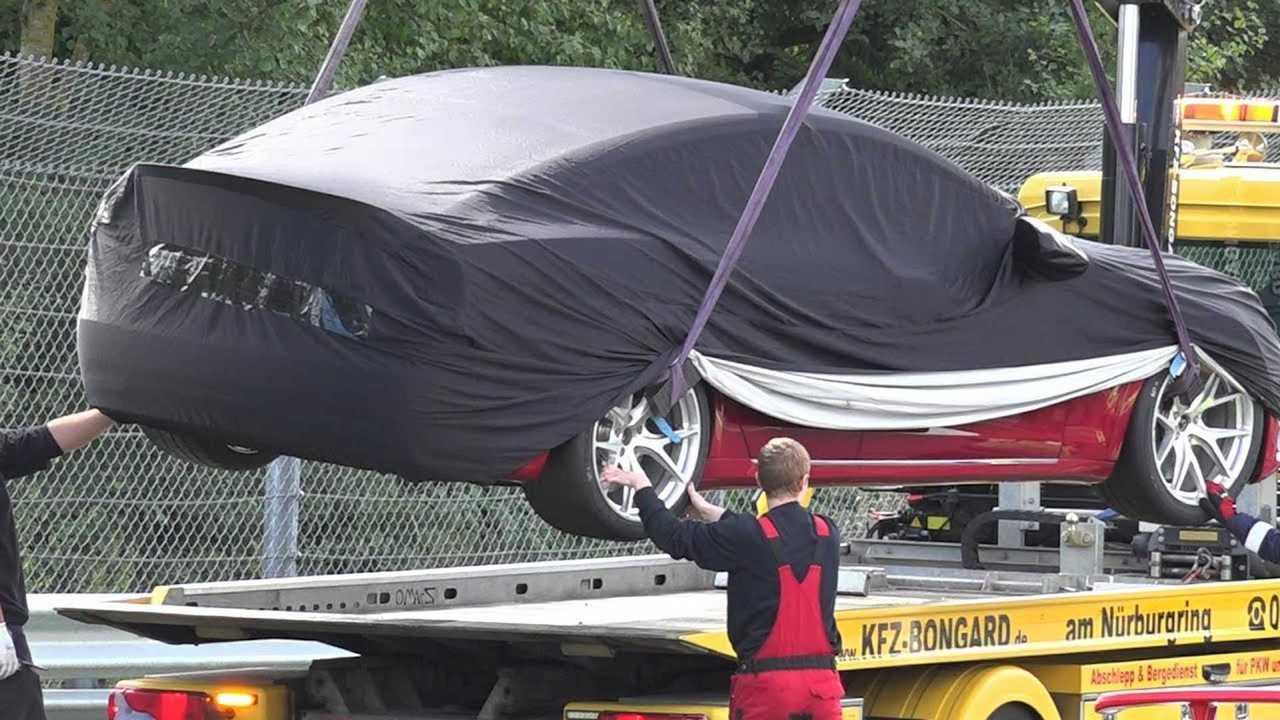 Watch Broke Down Tesla Model S Plaid Get Rescued At Nurburgring