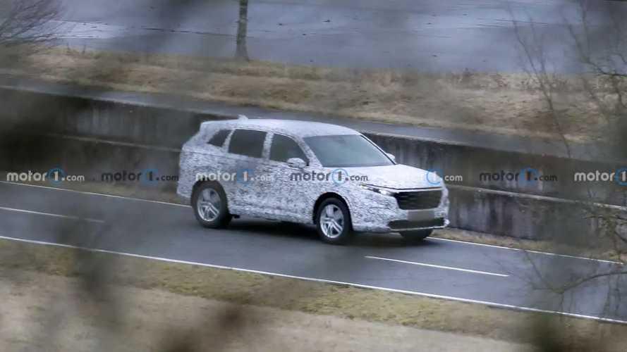 2023 Honda CR-V first spy photos