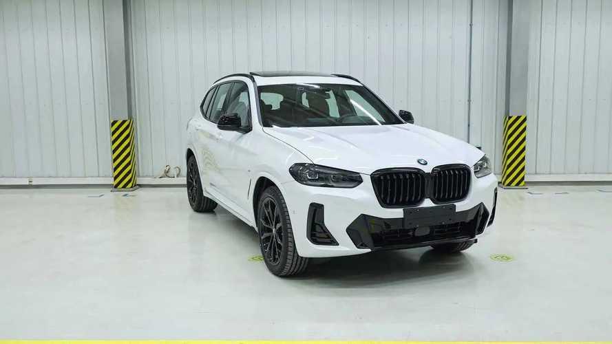 BMW X3 e iX3 restyling, le foto sfuggite