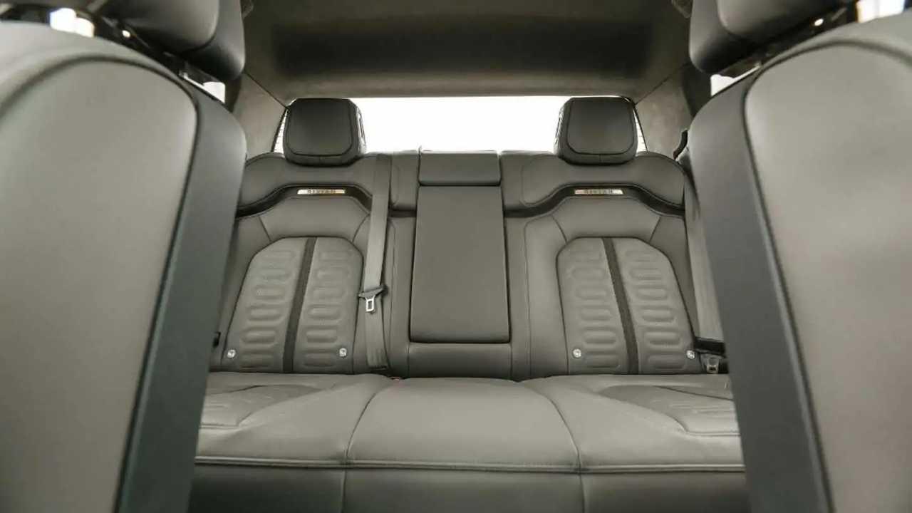 rivian r1t interior details