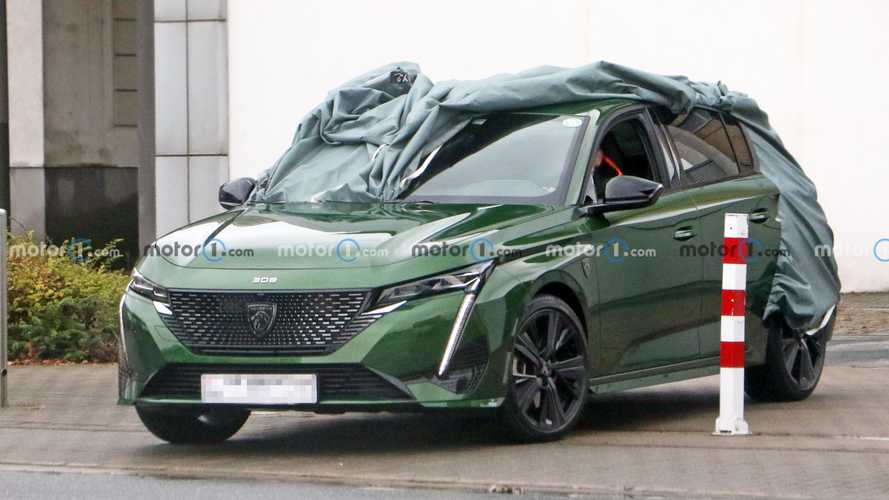 New Peugeot 308 spied almost completely uncovered