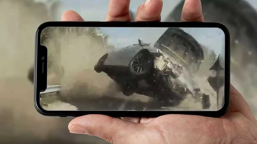 Quando l'Autopilot Tesla salva la vita: 25 incidenti in video