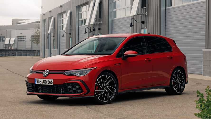 Volkswagen Golf GTI 2021 - Track Drive Review