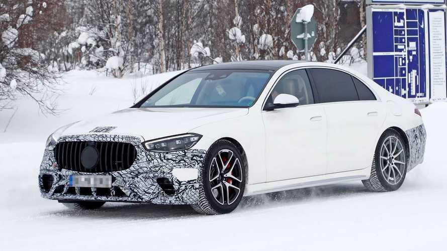 Mercedes-AMG S 63e (2021): Power-Plug-in als Erlkönig erwischt