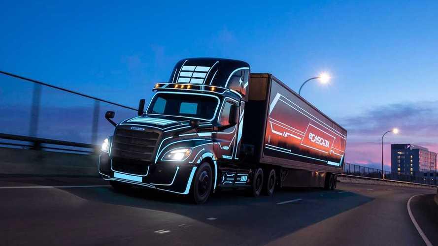 Freightliner Opens Order Books For eCascadia And eM2 EV Trucks