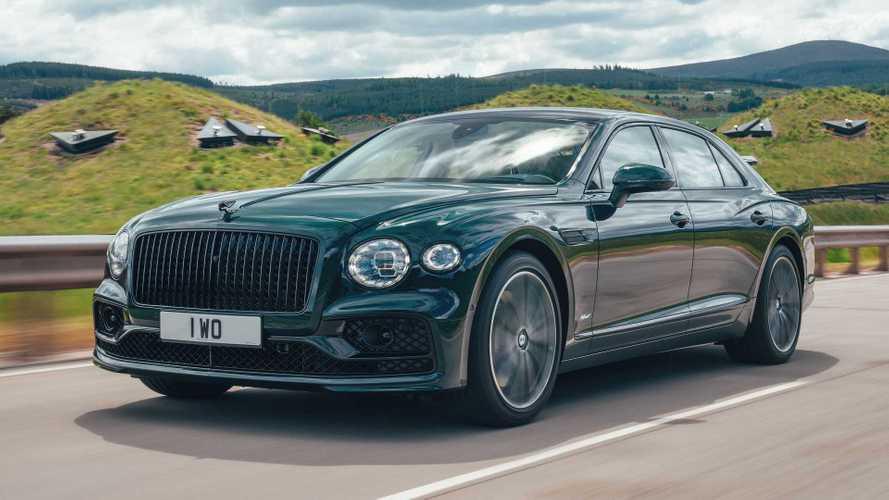 El Bentley Flying Spur recibe una versión V6 híbrida enchufable