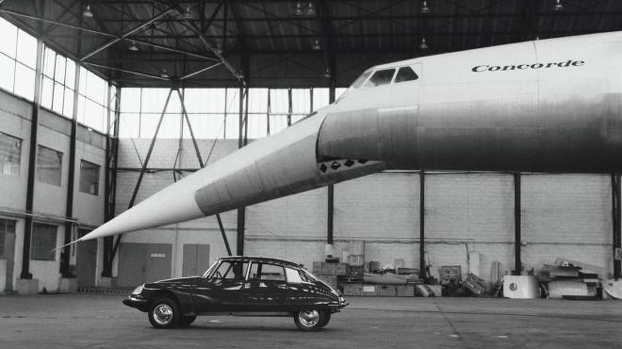 Citroen DS with Concorde circa 1975 23.12.2011