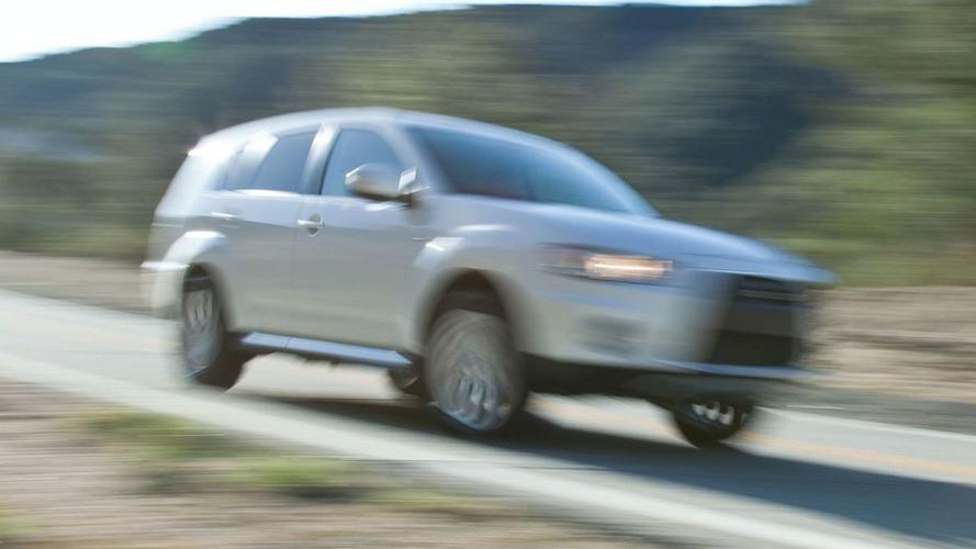 Mitsubishi Outlander GT Prototype Teased Ahead of New York