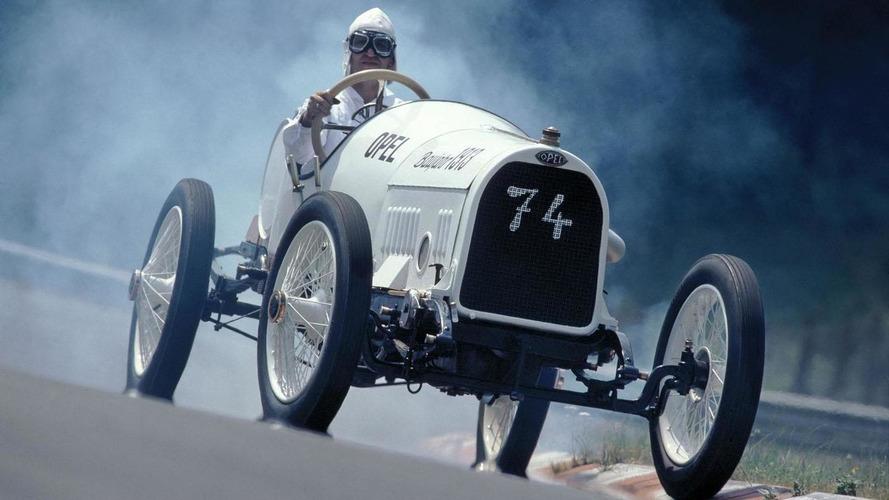 Opel celebrates the 100th anniversary of the Grand Prix de Lyon with three original race cars