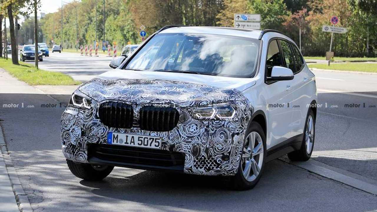 Makyajlı BMW X1 casus fotoğraf