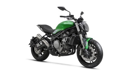 Benelli Unveils Very Cool Middleweight 752S