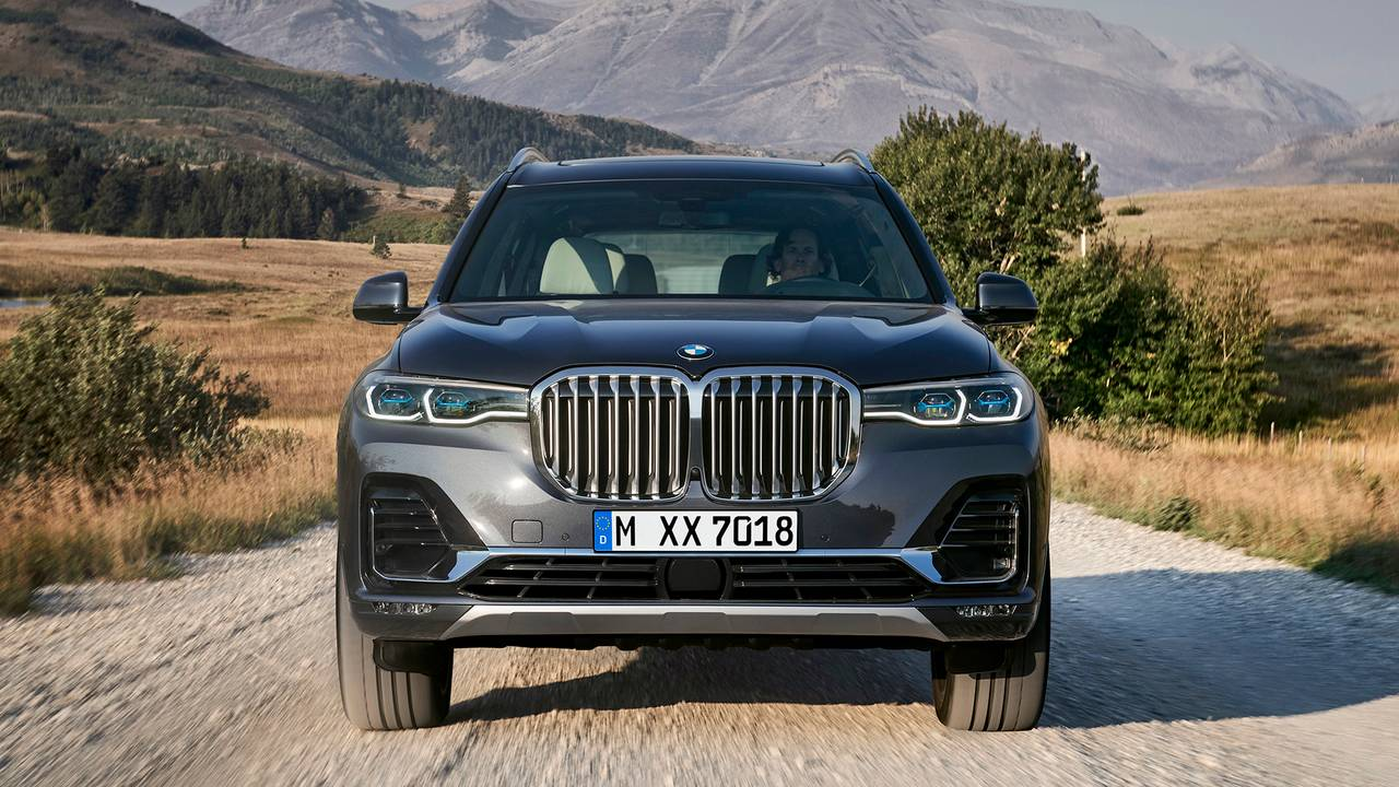 2019 BMW X7 Arrives Bringing Brawny Face To 7-Seat SUV Segment
