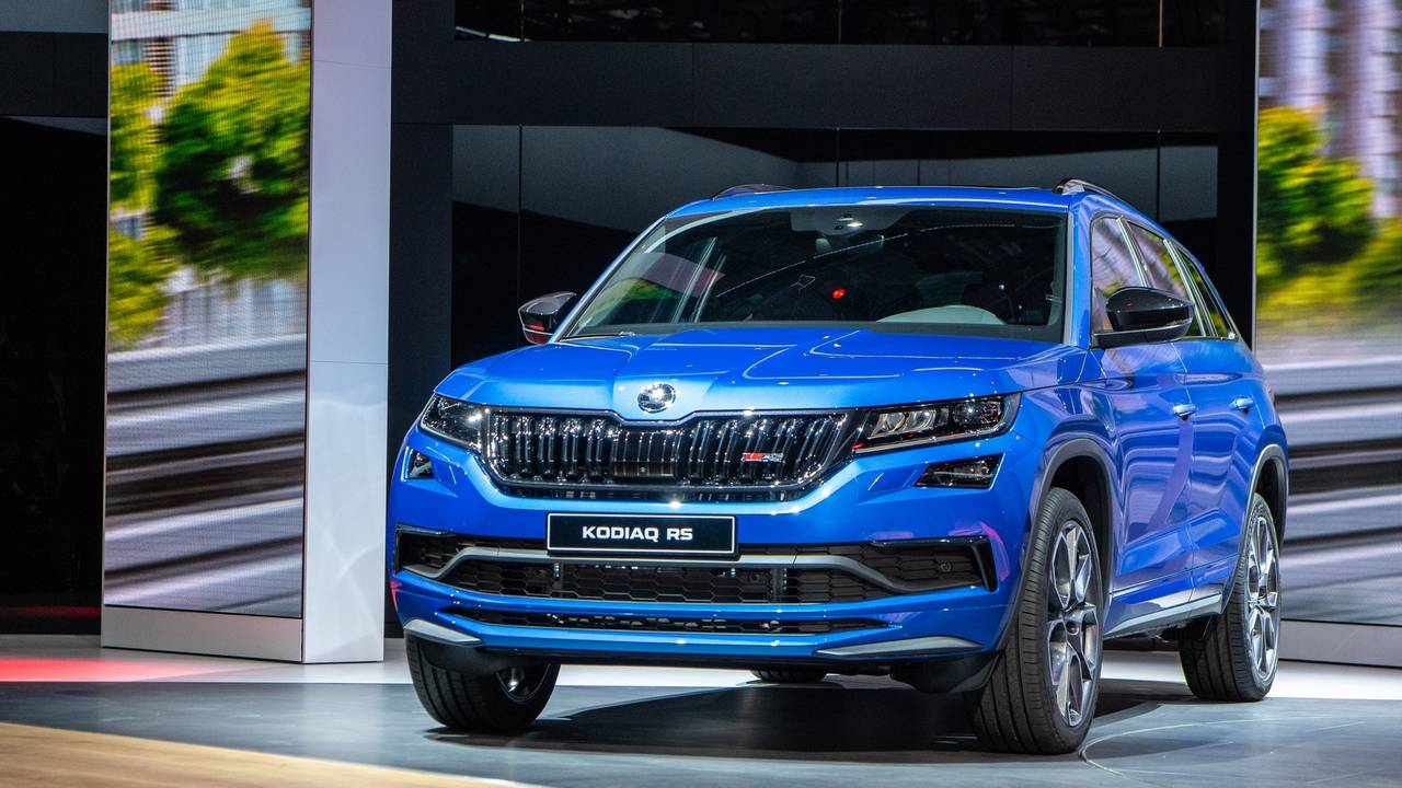 see the skoda kodiaq rs vision rs sneak preview livestream here. Black Bedroom Furniture Sets. Home Design Ideas