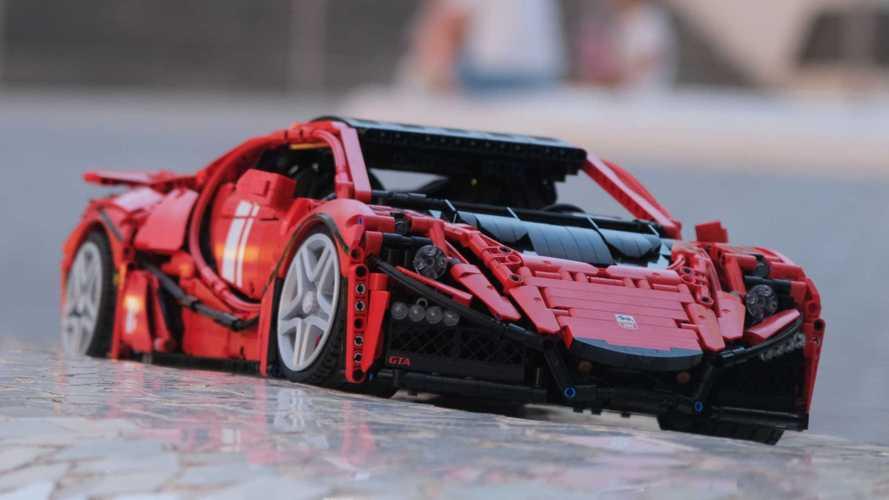 Replika GTA Spano 1:8 Pecahkan Rekor Dunia Model Lego Tercepat