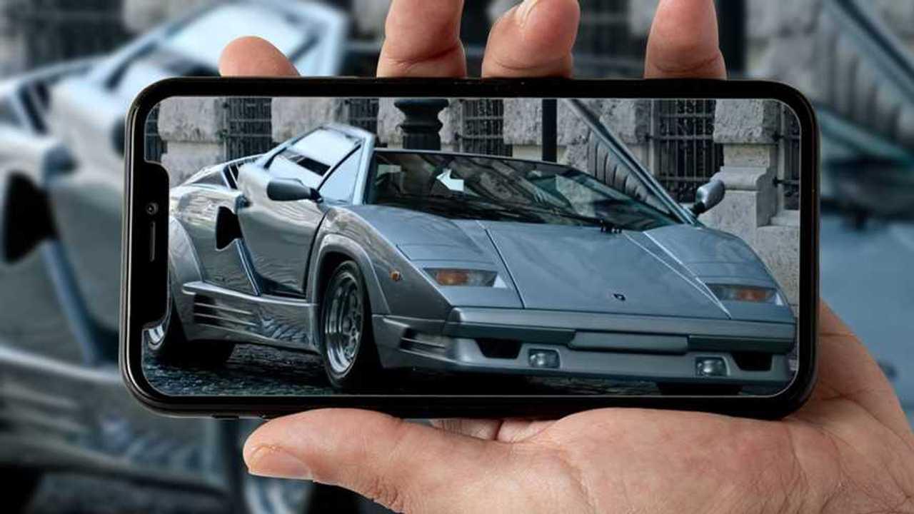 La Lamborghini Countach 25esimo anniversario nel trailer House of Gucci