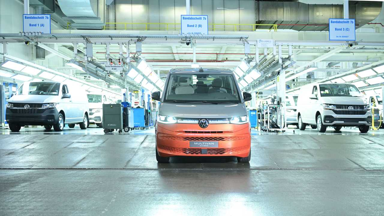 Volkswagen, lo stabilimento di Hannover - Linee di produzione del Multivan T7
