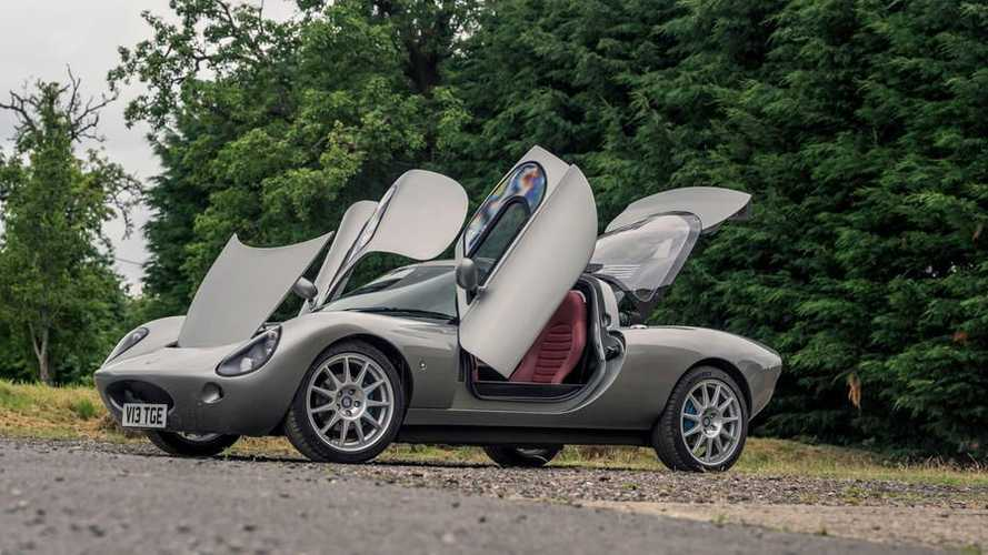 Startup Asal Inggris Ini Bikin Sportcar Coupe Berbobot 850 Kg
