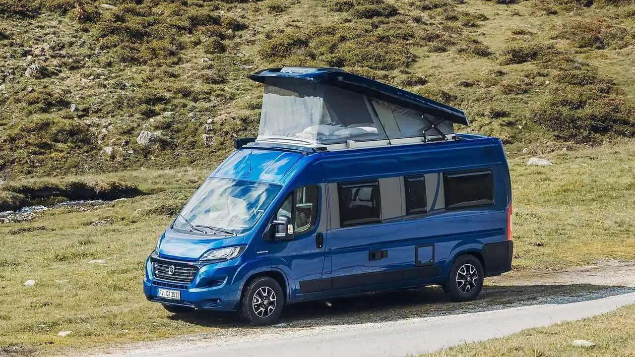 Carado Edition15 Camper Vans mit Aufstelldach (2021)