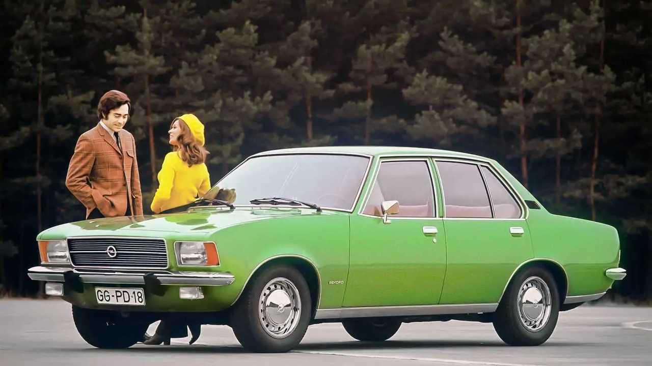 Der Opel Rekord D in typischer 70er-Jahre-Farbe