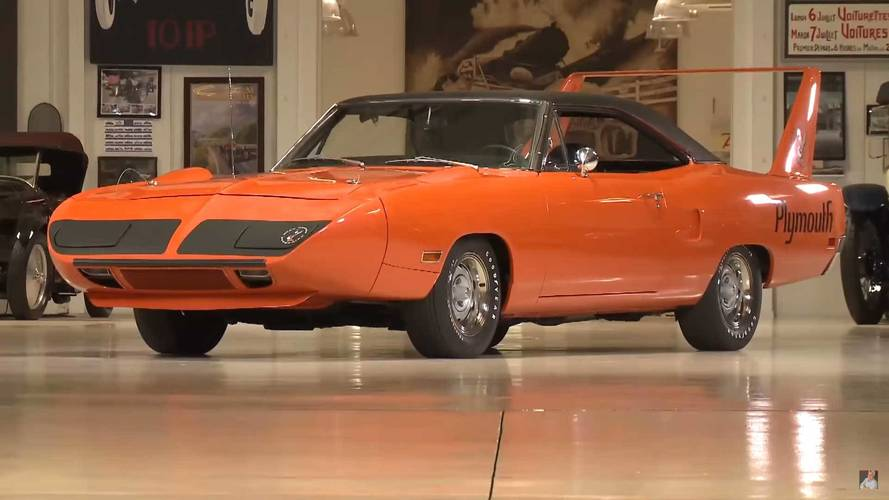 Watch Jay Leno Soak Up Vitamin C With This Plymouth Superbird