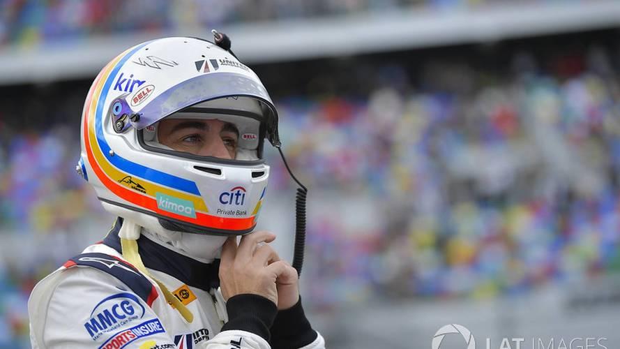 Alonso reconoce que se asustó con el fallo de frenos en Daytona