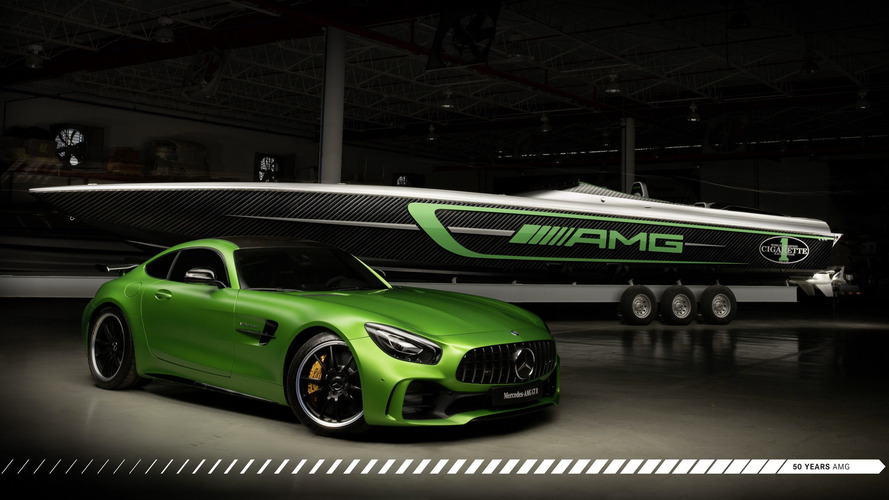 Karşınızda Cigarette Racing'in Mercedes-AMG GT R'dan esinlenen teknesi