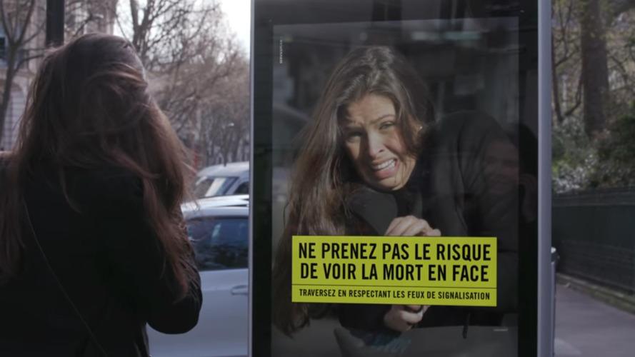 Une campagne de sensibilisation étonnante pour les piétons imprudents
