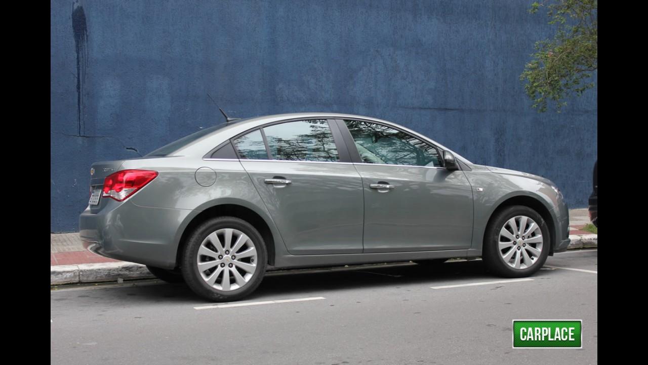 Garagem CARPLACE: Dirigindo o Chevrolet Cruze LTZ na cidade - Confira o consumo