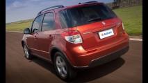 Mais barato: Suzuki SX4 chega custando a partir de R$ 59.990 na linha 2012