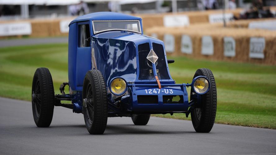 VIDÉO - Un regard d'enfant pour les 90 ans de la Renault des records