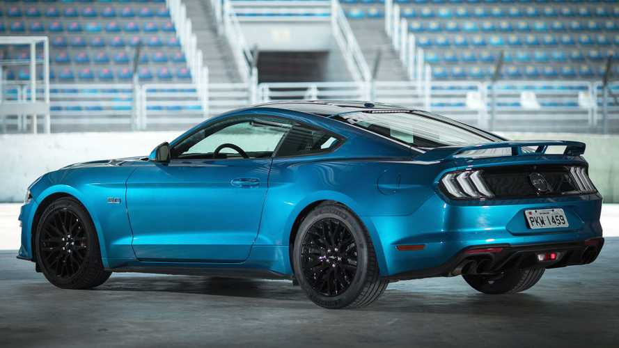 Ford Mustang deve ganhar versão turbo intermediária